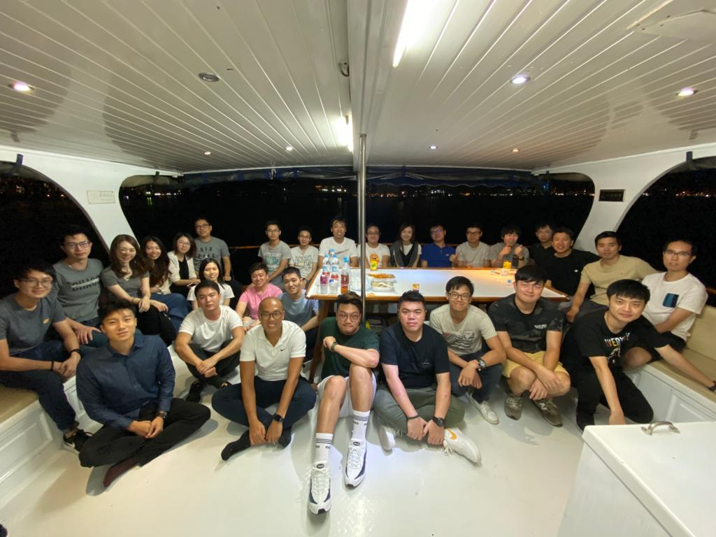 ESDlife Digital Solutions boat trip group photo 2019